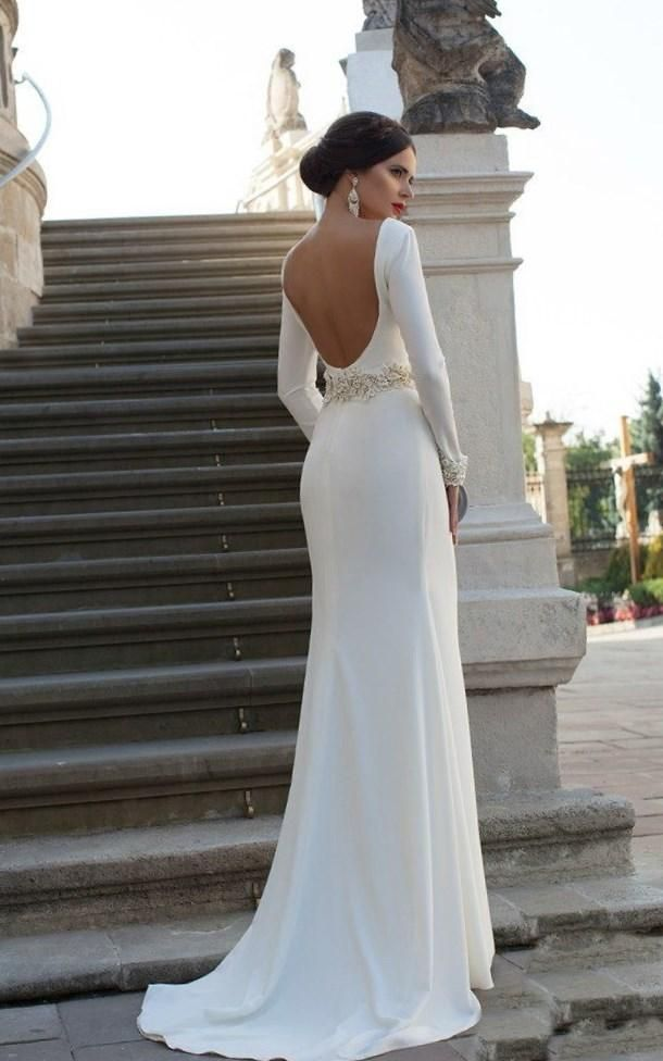 Свадебное платье с открытой спиной фото - http://1svadebnoeplate.ru/svadebnoe-plate-s-otkrytoj-spinoj-foto-3368/ #свадьба #платье #свадебноеплатье #торжество #невеста