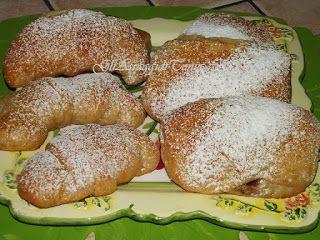 Gli assaggi di Tonia: POLACCHE E CORNETTI con crema e amarena