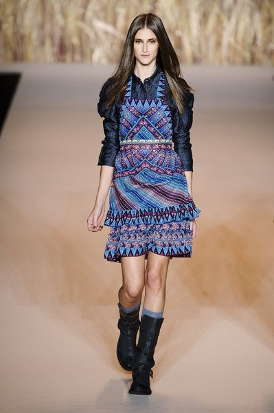 Beautiful flowing dress Anna Sui Spring 2011
