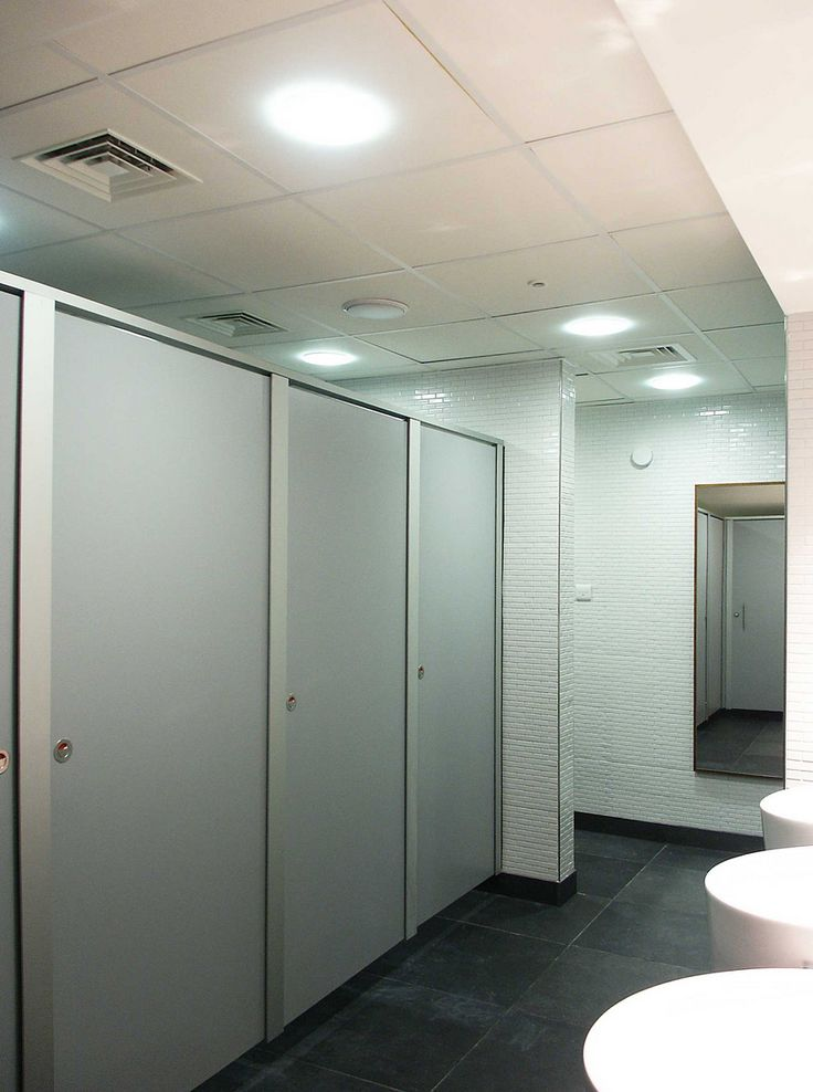 Grant Westfield: Bespoke washrooms for Chelsea FC, Stamford Bridge 4 of 6
