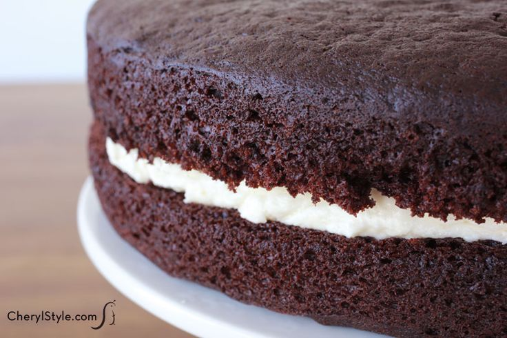 Take a bite out of nostalgia! Yummy chocolate cake with marshmallow buttercream filling will earn you high-fives from everyone holding a fork.