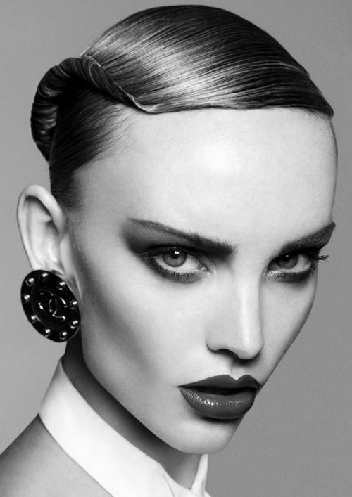 Edgy Black And White Makeup - Mugeek Vidalondon