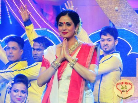 Bollywood actress Sridevi whose upcoming film Mom is slated for release on 7th of July was in Kolkata for the promotion of her film.