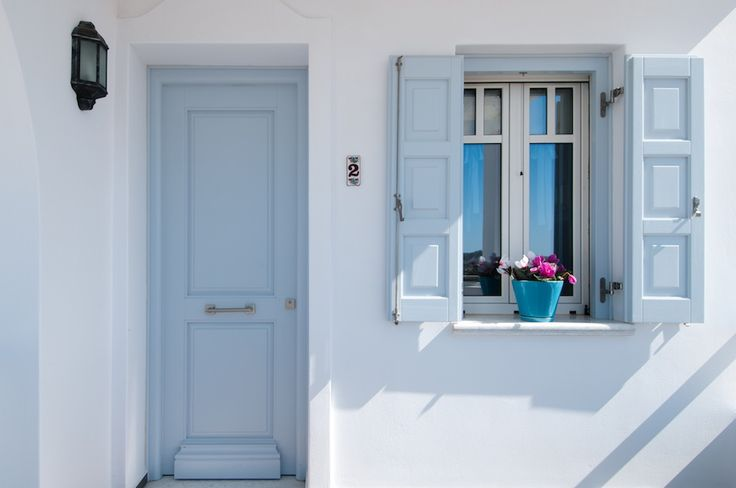 Miland Suites offer #Comfort and #Luxurious #Accommodation in #Milos island! In the cozy interiors of the rooms guests enjoy all the #modern comforts offered for #relaxation and warmth.