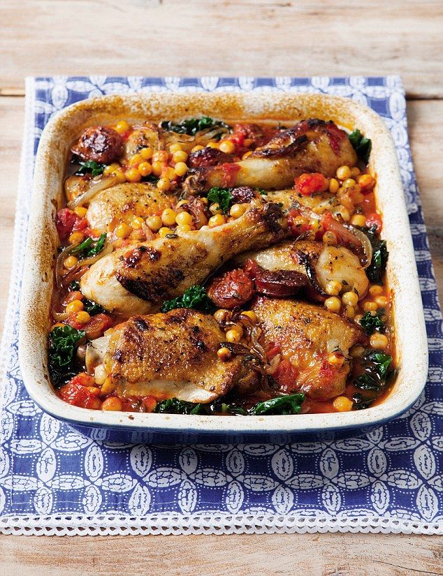 Davina's 5 weeks to sugar-free: Chicken with chorizo, chickpeas and kale | Daily Mail Online