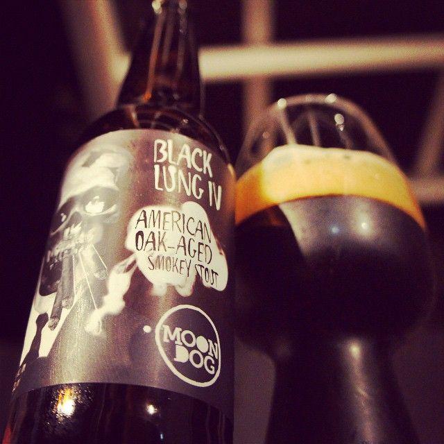 Moon Dog Black Lung IV Smokey Stout & the Stout Glass - great shot from @greeny964. #craftbeer #stout #stoutglass