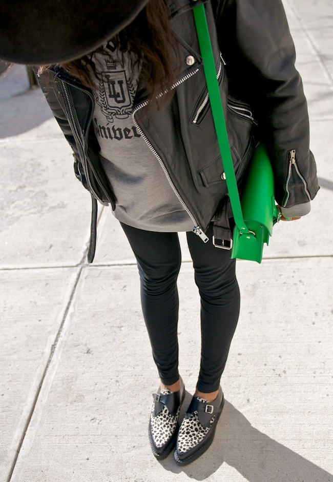 so into pointed creepers. who knew i would revert back to dressing like my 15 yr old self?