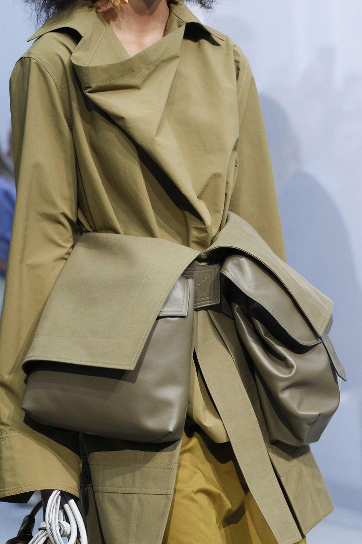 Marni Spring/Summer 2017 Ready To Wear Details | British Vogue