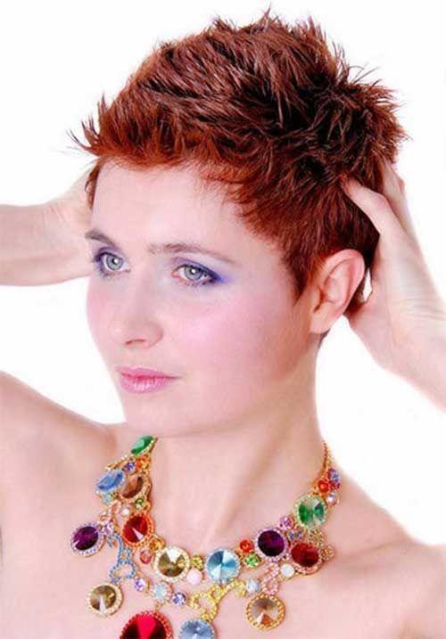 Verschiedene Short Spiky Haircuts für stilvolle Damen