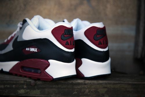 ~| Nike, Air Max 90 - burgundy for fall |~