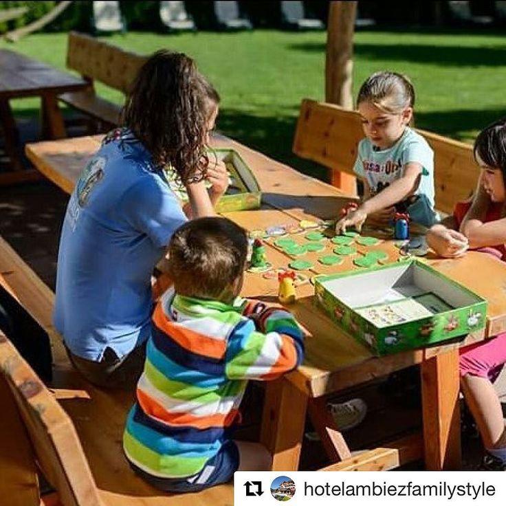 """""""Luomo è più vicino a se stesso quando raggiunge la serietà di un #bambino intento nel #gioco"""". (Eraclito)  #Repost @hotelambiezfamilystyle"""