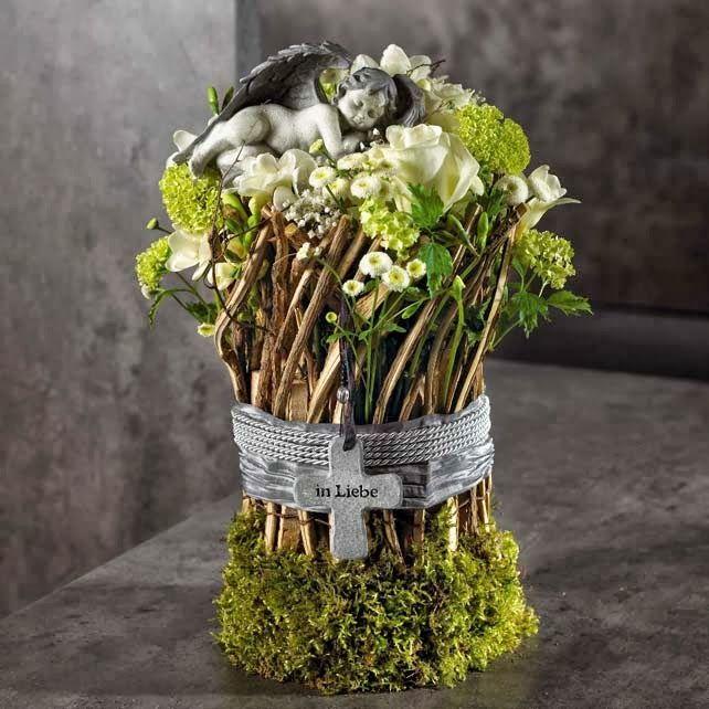 Ber ideen zu trauerfloristik auf pinterest for Floristik allerheiligen
