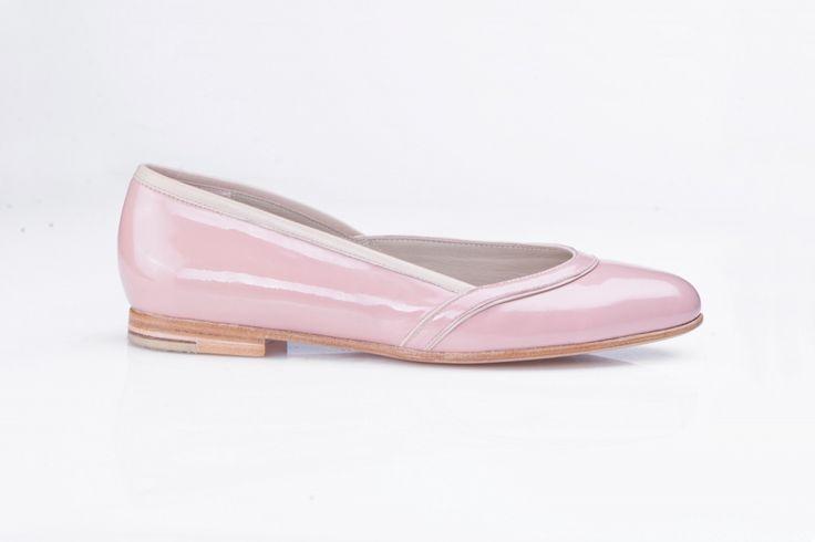 Baleriny w kolorze delikatnego różu; Projektant: Aga Prus; Wartość: 1300 zł Poczucie wygody i komfortu: bezcenne. Powyższy materiał nie stanowi oferty handlowej