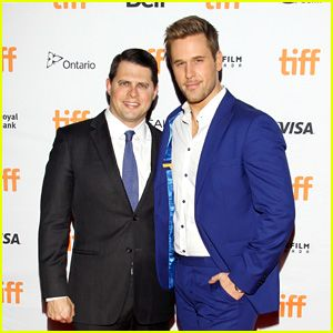 'Younger' Star Dan Amboyer Comes Out as Gay – and Married!  Looks up to Matt as a role model