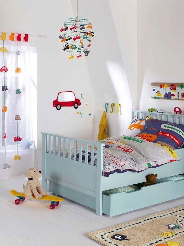 Habitaciones infantiles para niños a los que les gusta los coches