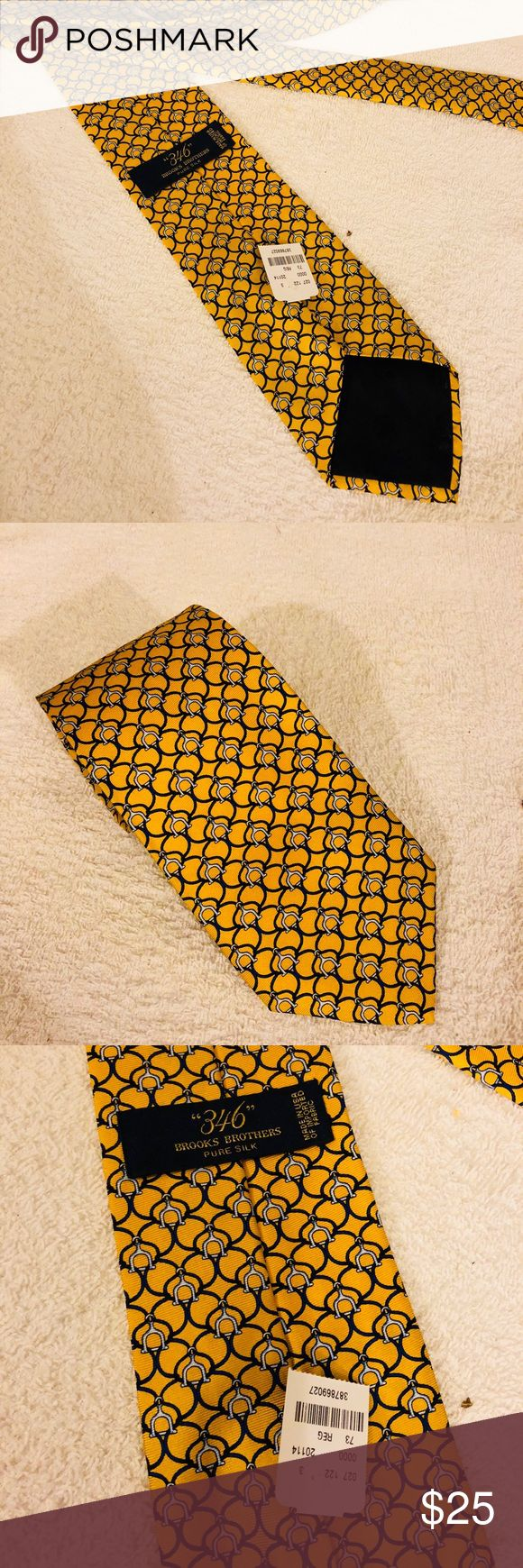 Brooks Brothers NWT Gold & Navy Horse Bit Tie Brooks Brothers Gold With Navy and White Horse Bit Link Pattern Silk Necktie! NEW WITH TAGS! Please make reasonable offers and bundle! Ask questions! Brooks Brothers Accessories Ties