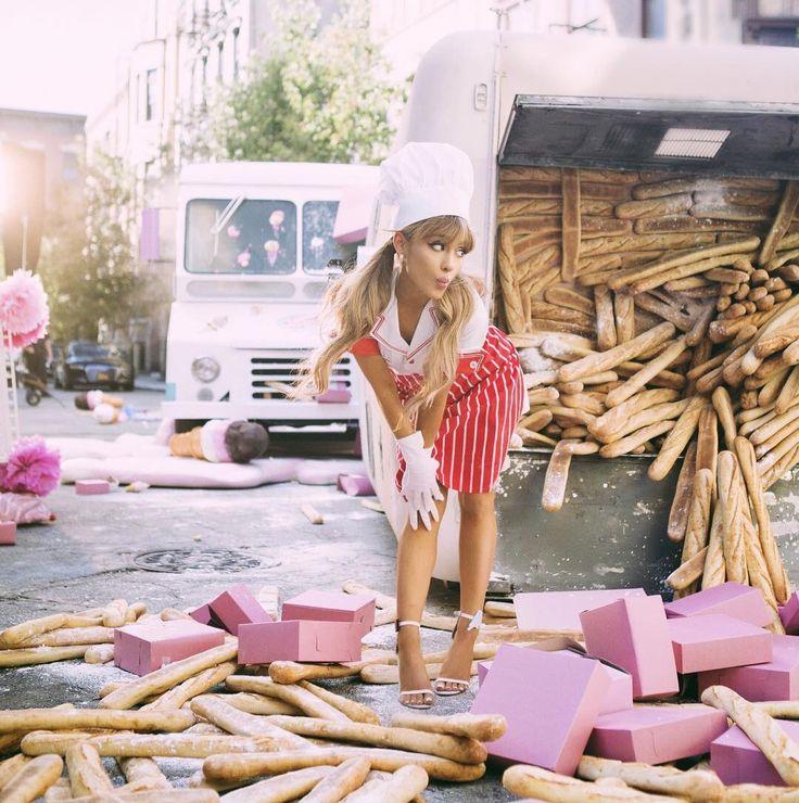 -NUOVE foto-da Ariana Grande dolce come caramelle commerciale