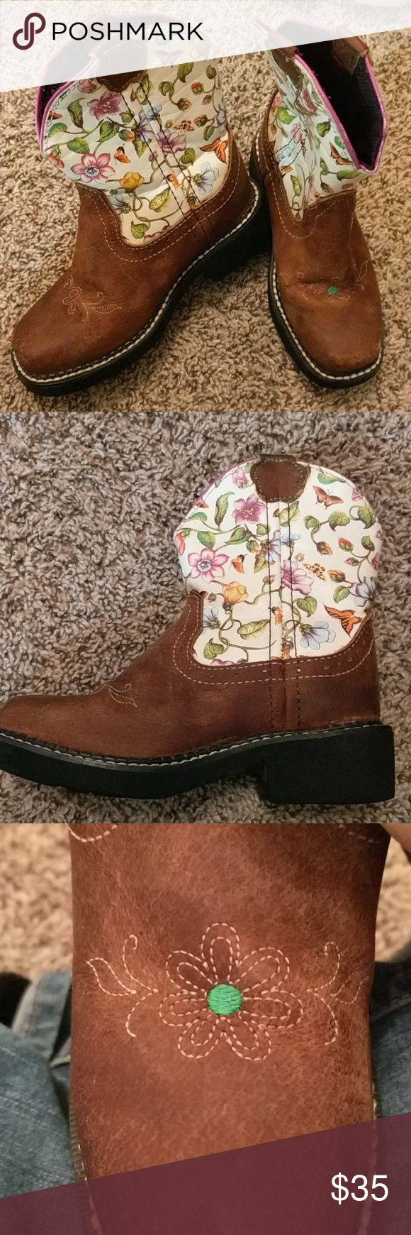 Toddler cowgirl boots Adorable Justin toddler cowgirl boots.  Excellent condition. Justin Boots Shoes Boots