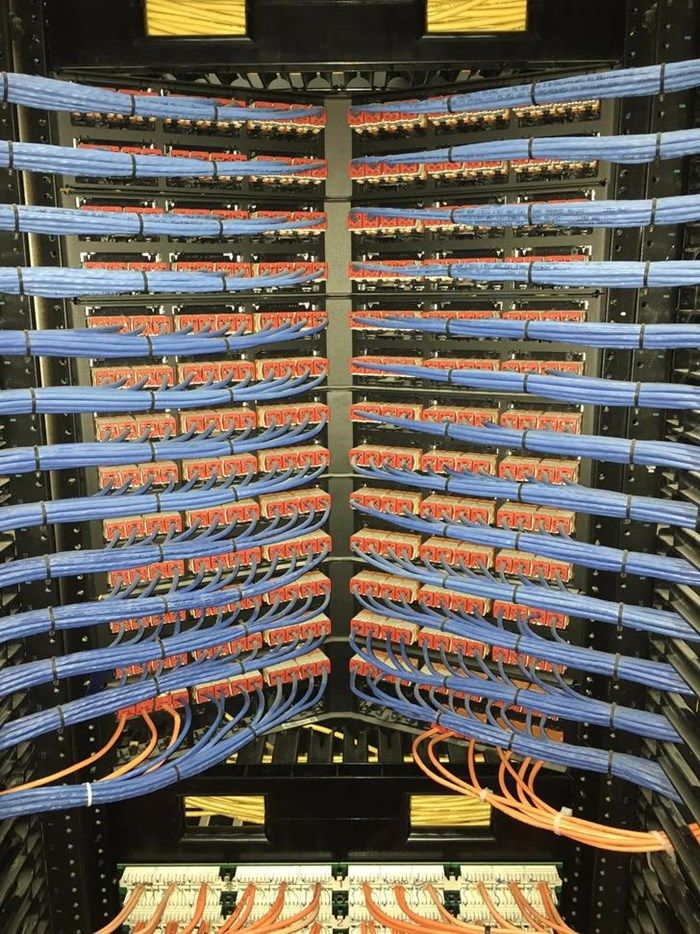 15 fotos de cabos organizados que vão levar profissionais de TI à loucura…