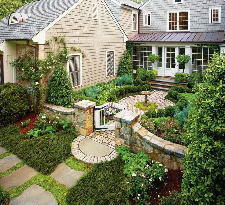 Front House Landscape Design Ideas: 380 Best Courtyard Landscaping Images On Pinterest