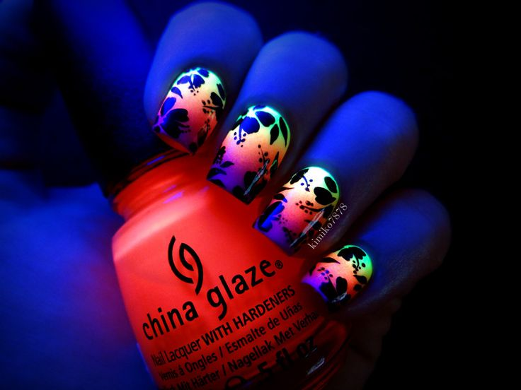 Coming up with Stylish Funky Nail Designs - Be Modish - Be Modish