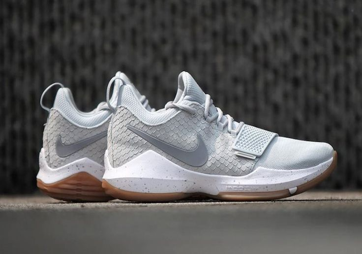 Nike Paul George 1 Pure Platinum Nike Sportswear continues to releasing Paul George 1 sneakers. On this occasion, they will