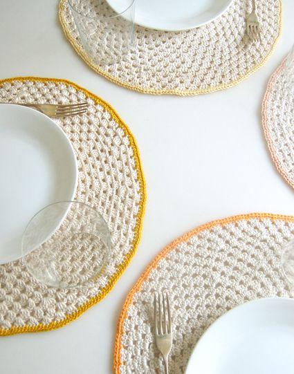 Granny Circle Placemats - free pattern