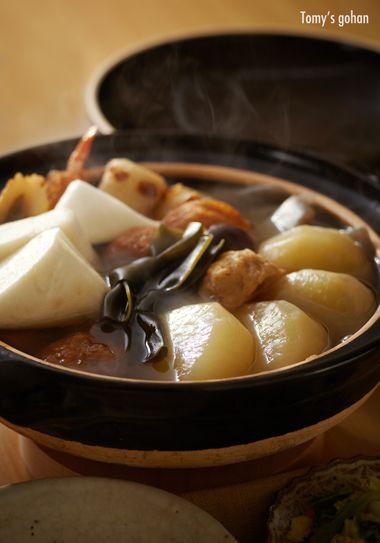 Traditional Japanese Oden Hot Pot|美味しそうなおでん  super likeeeeey