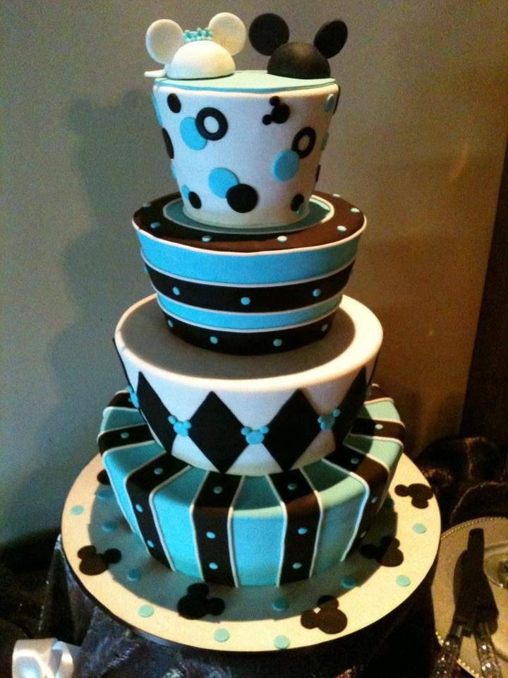 Mickey And Minnie Mouse Wedding Cake Http Sweetcakes Biz