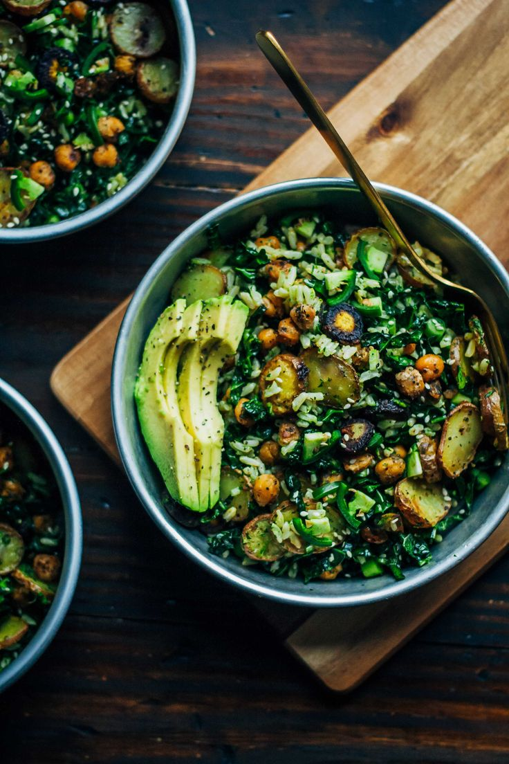 This kale detox salad is the perfect meal for a cleanse, made with whole, real ingredients. Made with a carrot top pesto and roasted vegetables.