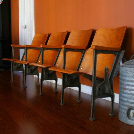 Vintage Theatre Seats 117