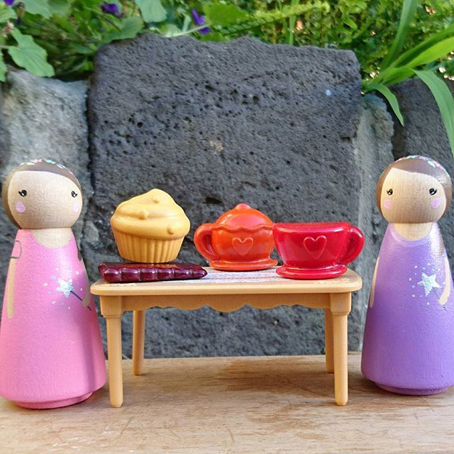 The @flower_folk fairies came for tea to discuss an exciting giveaway....details to be announced soon 😊  #tintacrayons #teaparty #teapot #cuppa #cupcake #teacup #woodentoys #pegdolls #crayons #giveaway #collaboration #melbournebusiness #girlbossesau #femalefoundersau #mumpreneurmovement #madeinmelbourne #shopsmall #shoplocal #supportsmallbusiness