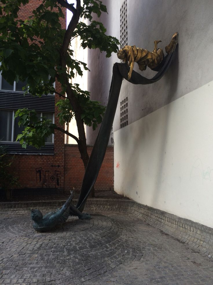 Beautiful sculpture in the Jewish District.