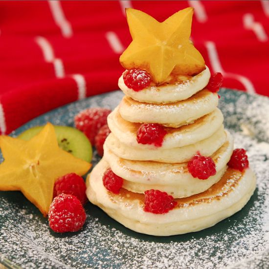Lots of really cute and easy Christmas breakfast and snack ideas!!