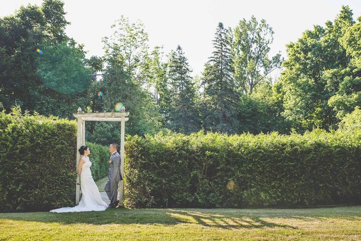 Wedding Shoot / Scotsdale Farm / Wedding Photography / Toronto Photographer / www.wilsonhophotography.com