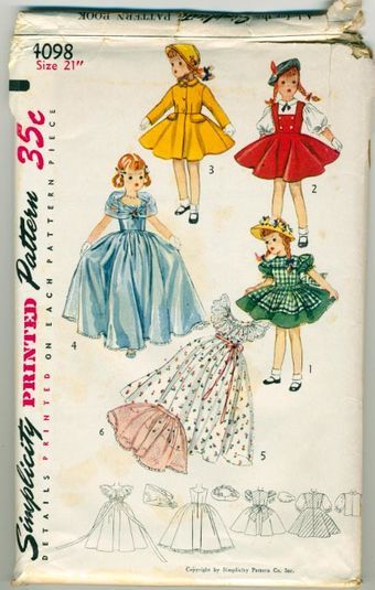 Simplicity 4128 1952 19 inch Doll wardrobe suitable for Toni Doll. These Simple to Make doll...