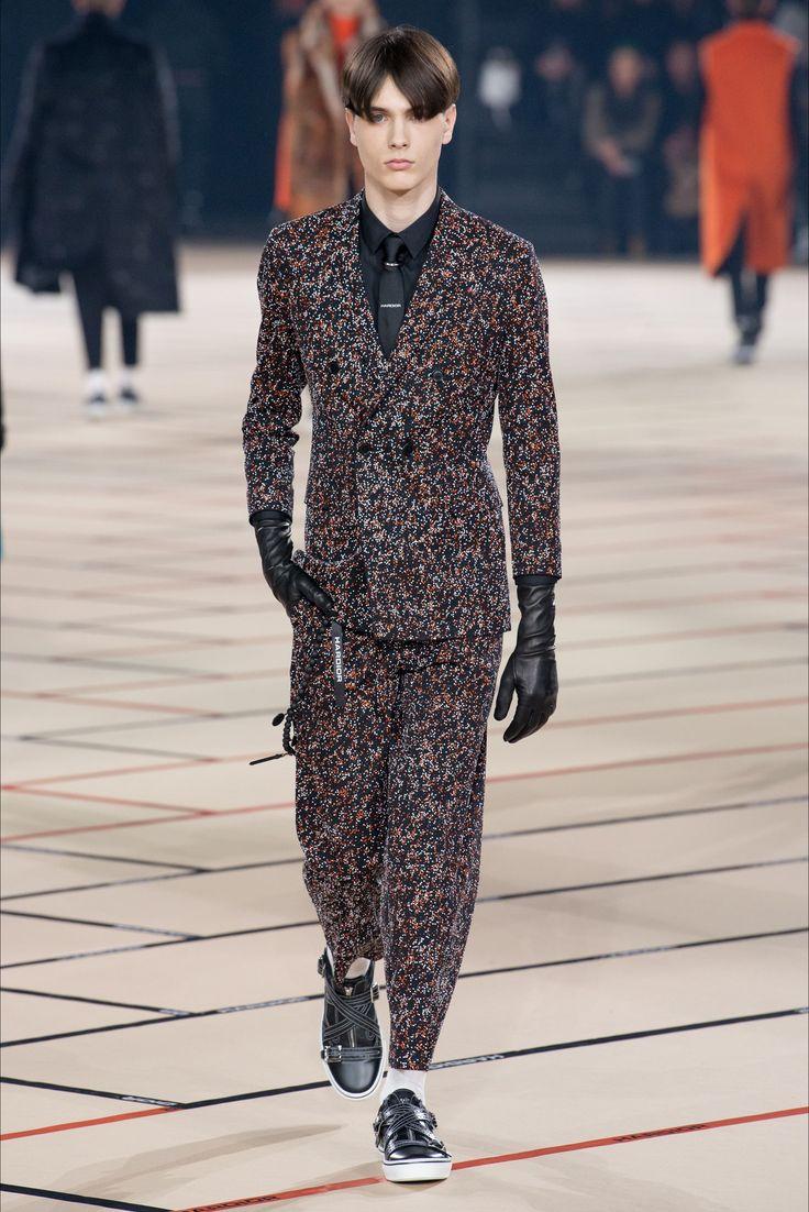 Sfilata Moda Uomo Dior Homme Parigi - Autunno Inverno 2017-18 - Vogue