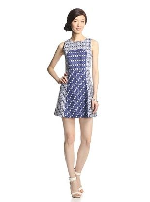 72% OFF Romeo & Juliet Couture Women's Sleeveless Woven Printed Dress (White/Blue)