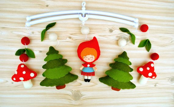 Woodland baby mobile Red riding hood mobile Forest mobile Nursery decor Fairytale baby shower gift Crib hanging mobile 100% wool felt
