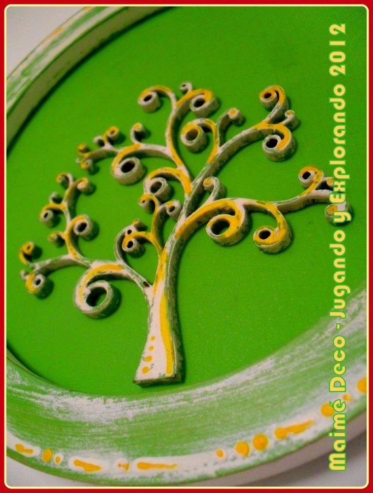 Cuadrito Decorativo de MDF de 16 cm de diámetro Técnicas: Decapado y Pintura Decorativa.