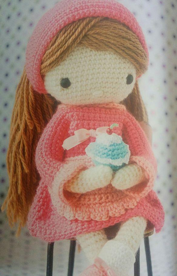 Libro mi muñeca de ganchillo. De venta.☆