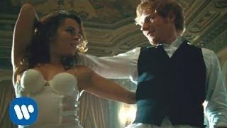 Great song to wak down the aisle or for couple's first dance. Ed Sheeran, Thinking out loud - YouTube
