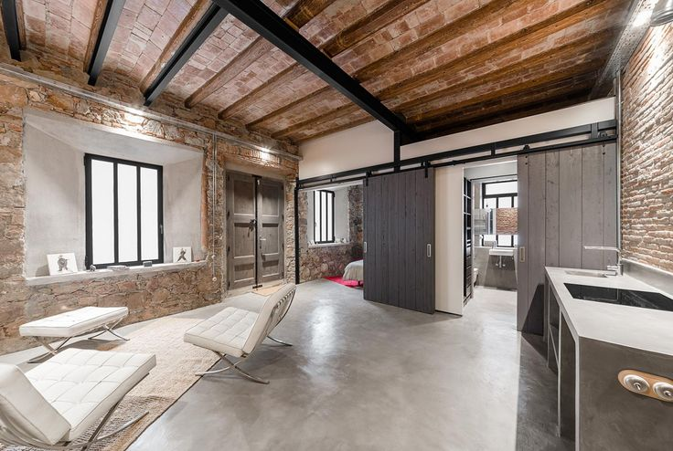 Rustiek en Industrieel Barcelona - wonen voor mannen - rustiek, industrieel, barcelona, loft, appartement, werkplaats, renovatie