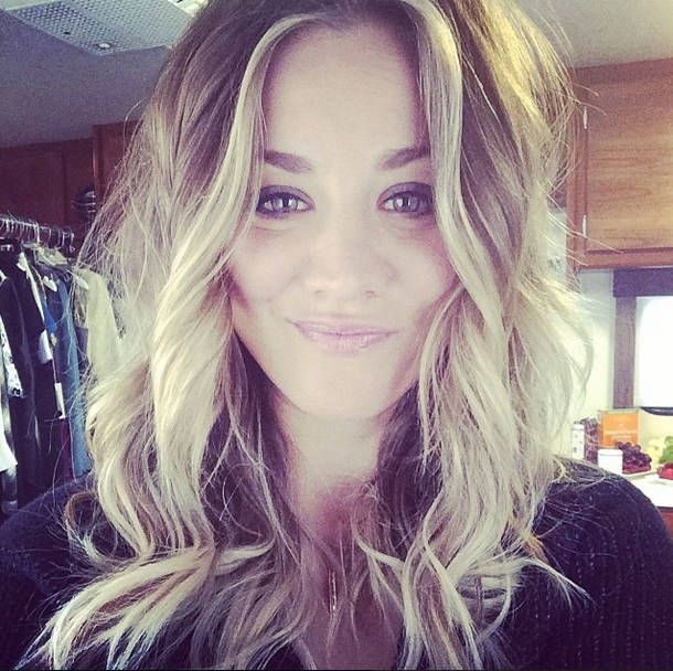 Kaley Cuoco cut off her long ombre hair in to a sexy choppy hairstyle!