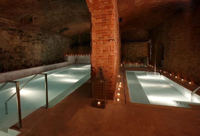Aire de Barcelona, banys àrabs.