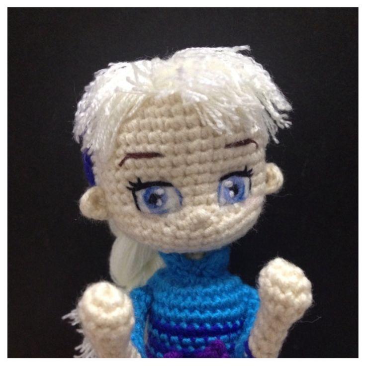 Amigurumi Elsa : Elsa Frozen crochet doll amigurumi Disney princess ...