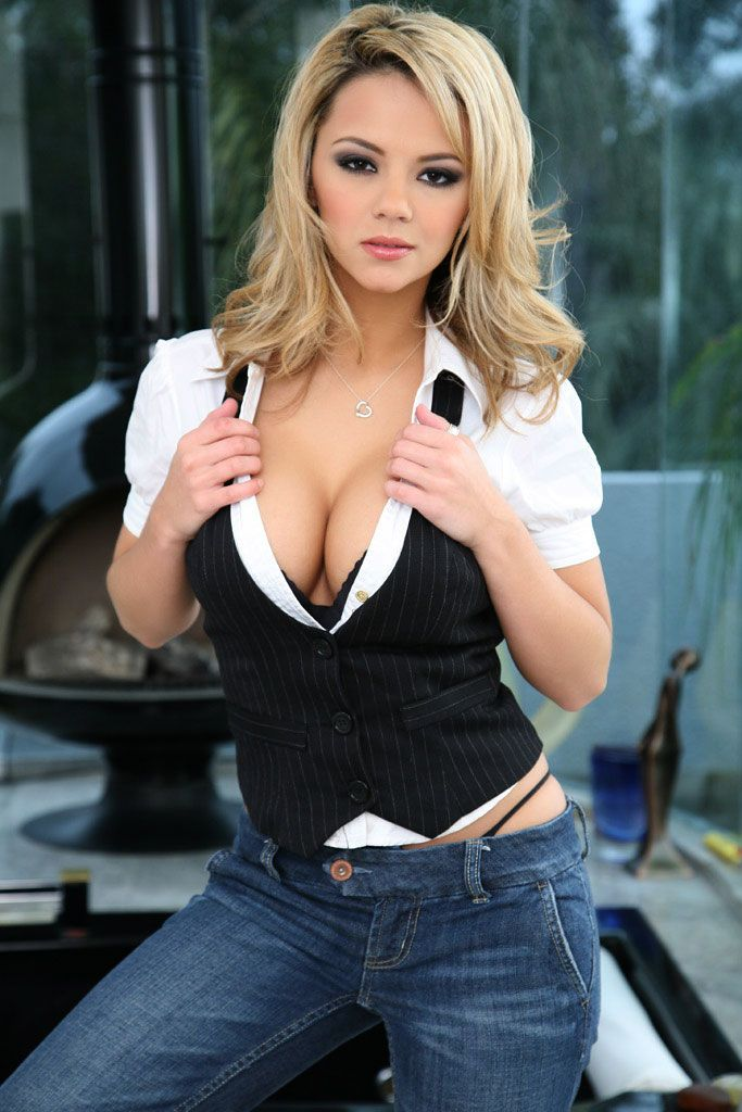 Ashlynn Brooke : Photo