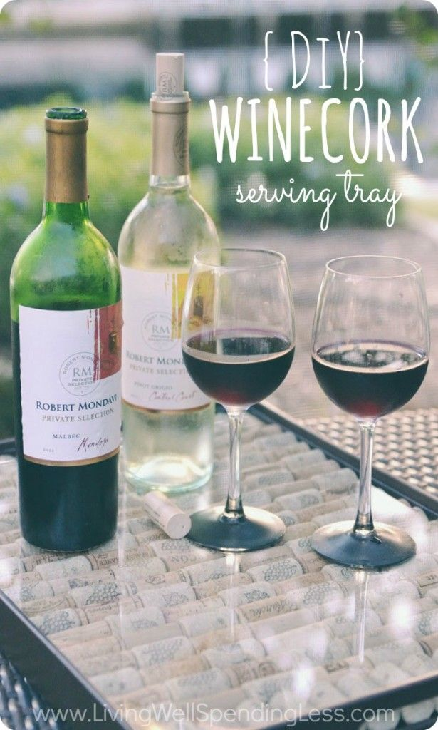 DiY Wine Cork Serving Tray. So cute!  Super easy idea for repurposing & displaying that collection wine corks. No glue required!
