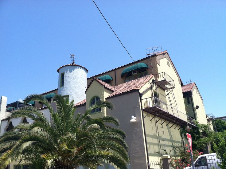 One of Los Angeles' most interesting buildings!  National Registry, baby.