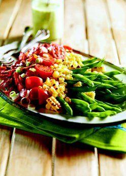 Salade de haricots verts et maïs grillé, vinaigrette au babeurre et à l'estragon
